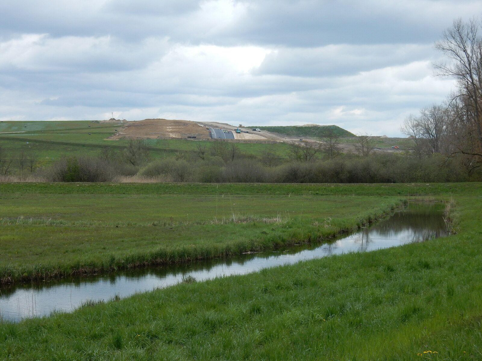 3. Mai 36,1 Km MTB Fotosafarie zu den Deetzer und Ketziner Erdlöchern