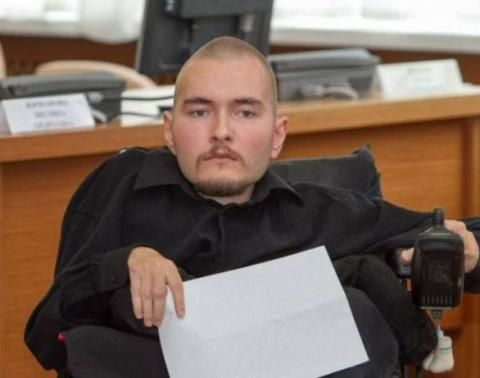 Valery Spiridonov, un informaticien russe âgé de 30 ans qui souffre d'une grave maladie musculaire, pourrait être le premier homme au monde à subir la première greffe complète de la tête.