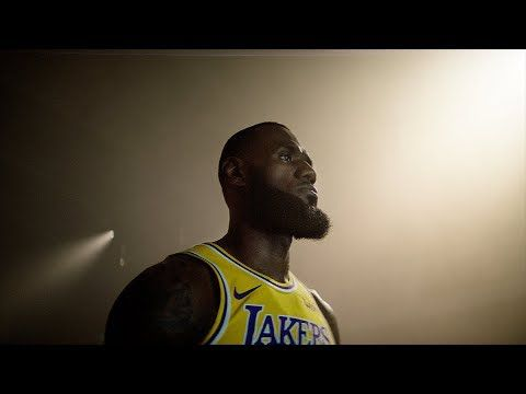 ACTUALITE : le Momentous Trailer et le #LaunchTrailer LeBron « Come for the Crown » pour #NBA2K19