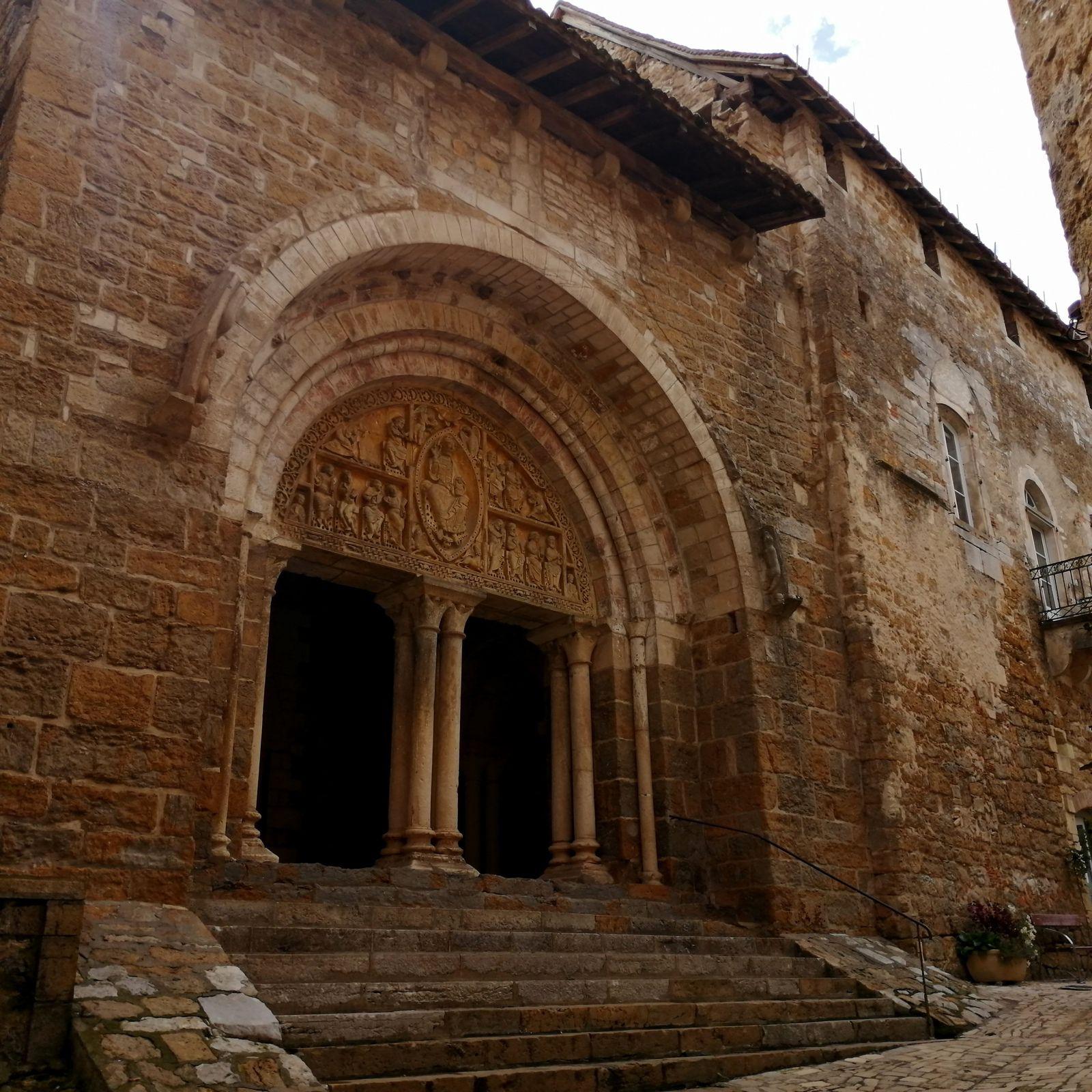 Cajasse quercynoise aux reines claudes - balade quercynoise à Carennac plus beau village de France