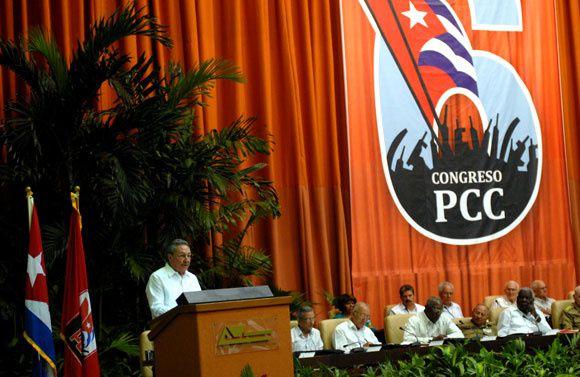 Rapport du président de la République cubaine Raul Castro lors de l'ouverture du VIème Congrès du Parti communiste cubain (PCC)