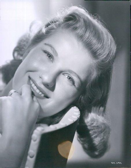Bel Geddes Barbara