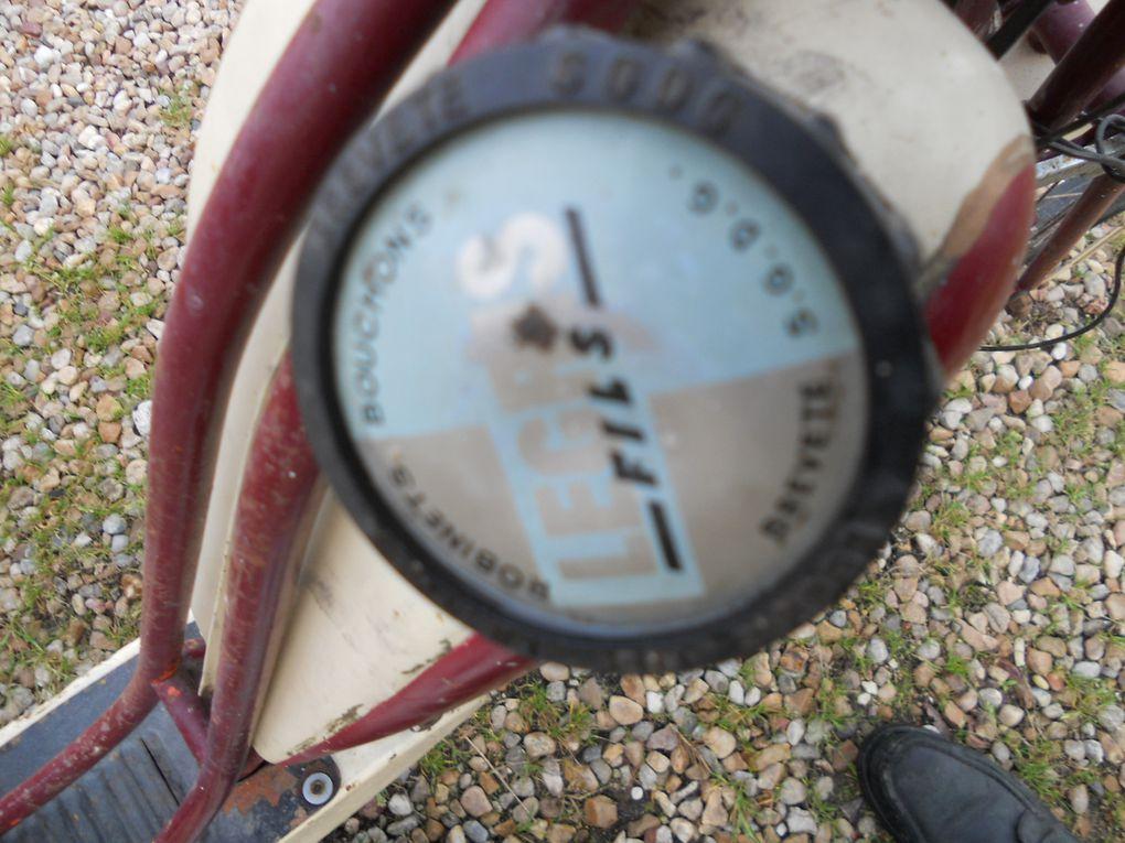 RivaSport Business 55 de ( ? ) Année : vers 1952 N° moteur : H25..... N° cadre : 196....... Carburateur : Gurtner