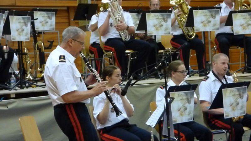 2ème partie du concert de la fanfare du RMT au profit des blessés de l'Armée de Terre