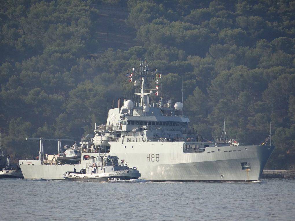 ENTERPRISE      H88 , navire Hydrographique de la Marine anglaise arrivant à Toulon le 27 septembre 2017