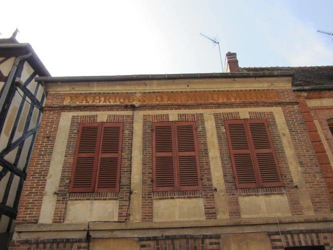 Album - Porches, portes, fenêtre, lucarnes et autres ouvertures...