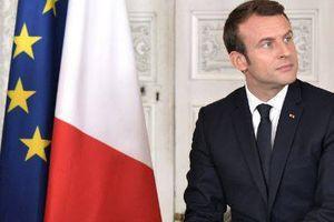 Plus de 7 Français sur 10 souhaitent qu'Emmanuel Macron change de politique, selon un sondage