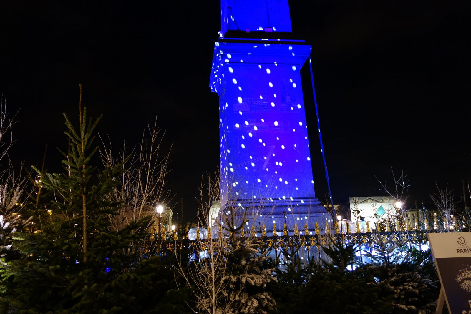 ILLUMINATIONS DIOR CHANEL OBELISQUE à PARIS (07/12/2020)