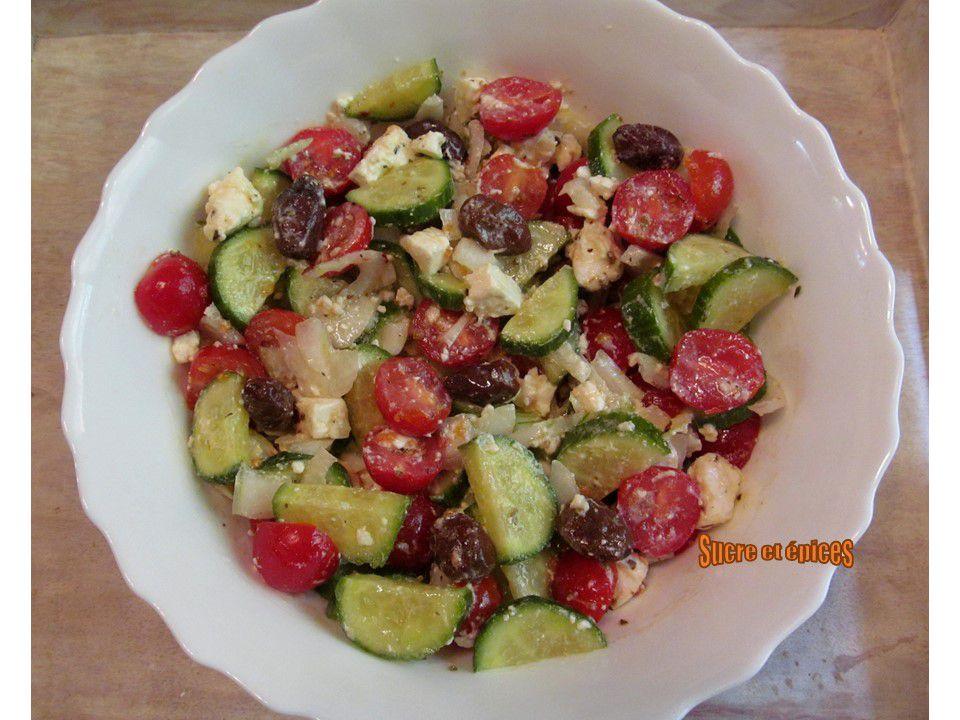 Salade grecque - Recette en vidéo