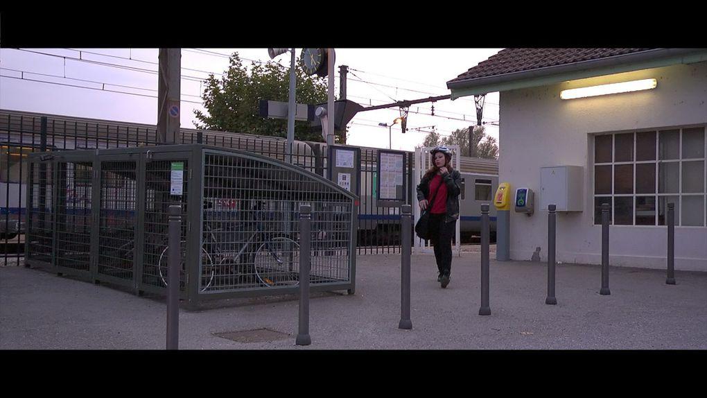 EXTÉRIEUR JOUR - Gare de Culoz - KATHLEEN - jour 1