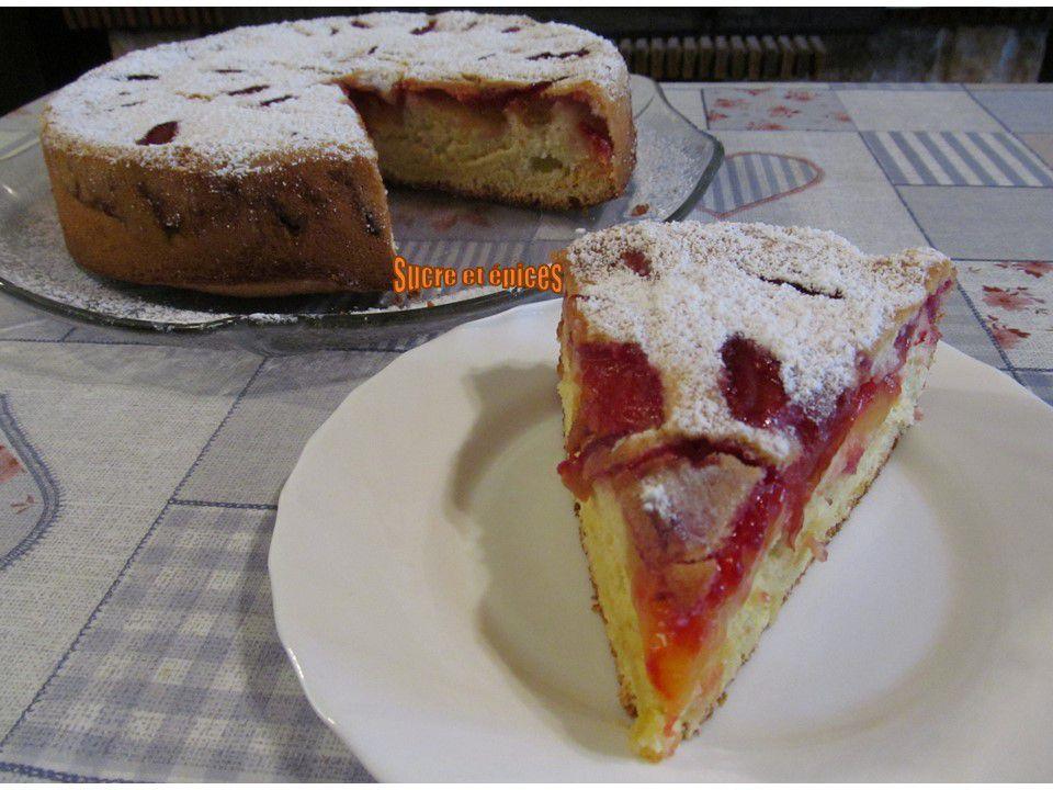 Gâteau de Savoie aux prunes - Recette en vidéo