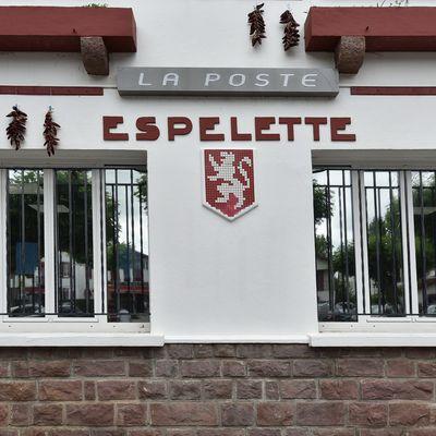 Espelette , la capitale du condiment rouge ...