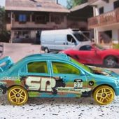 MITSUBISHI LANCER EVOLUTION 7 HOT WHEELS 1/64 EVO7 - car-collector.net