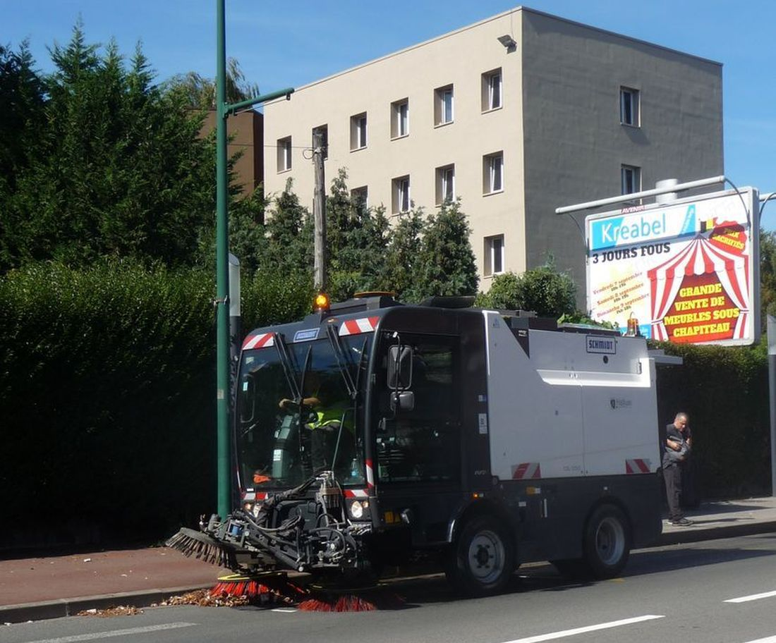 Balayeuse Municipale Halluinoise - Septembre 2018.