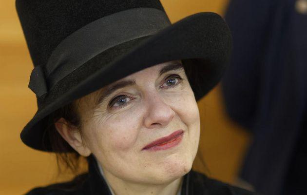 Terrible drame pour la célèbre écrivaine belge Amélie Nothomb : Son père Patrick, ancien ambassadeur, est décédé