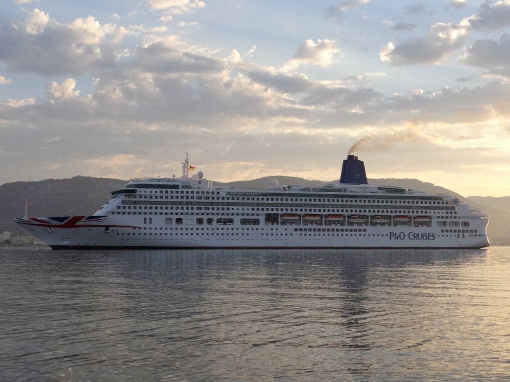AURORA  , arrivant à Toulon le 15 juillet 2018