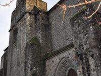 L'Église de Najac est une des premières églises gothiques du Rouergue, dont les proportions sont monumentales. (clic sur les vignettes pour les agrandir)
