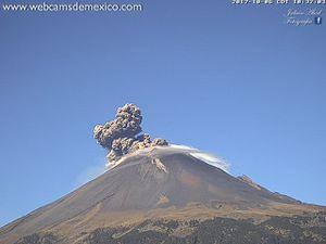 Popocatépetl - 06.10.2017 / 10h31-10h34 - un clic pour agrandir - webcamsdeMexico