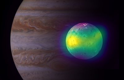 ALMA shows the volcanic impact on the atmosphere of Io, a moon of Jupiter.