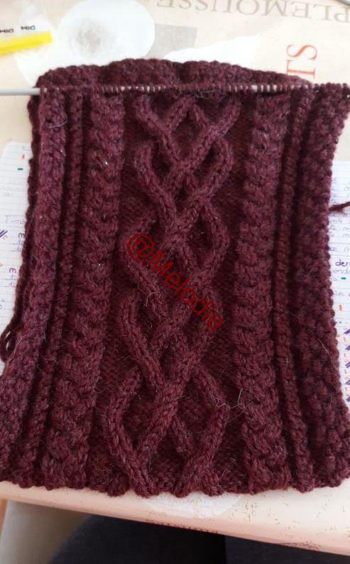 tricots de Mélo  : l'écharpe avance