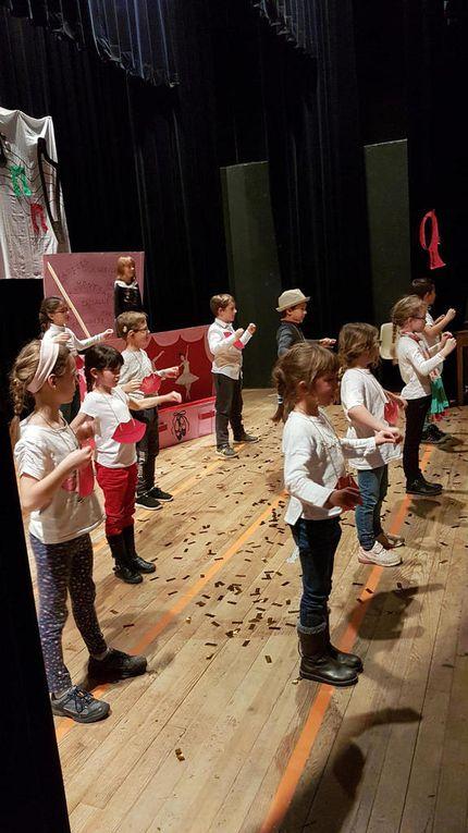 Mane - Le spectacle de Noël des enfants des ALAE (Accueils de loisirs associés à l'école)