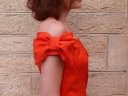 des noeuds en mode prèt à porter et Défilés.
