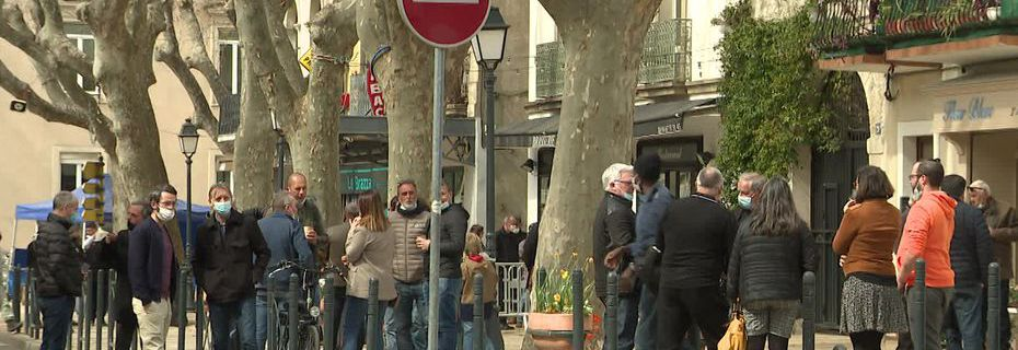 Dans le Gard et à l'est de l'Hérault, on s'inquiète de la progression du virus