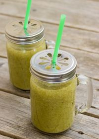 Smoothie kiwi, menthe et eau d'érable SEVA