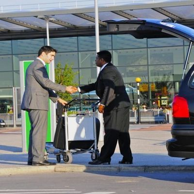 Get the Genuine and Luxury Airport Transfers in London