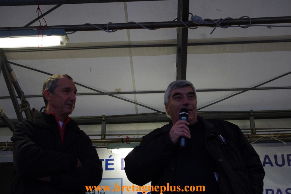 Photos de la 11ème édition des Foulèes Maurepasiennes, organisées par le comité des fêtes de Maurepas, à Rennes