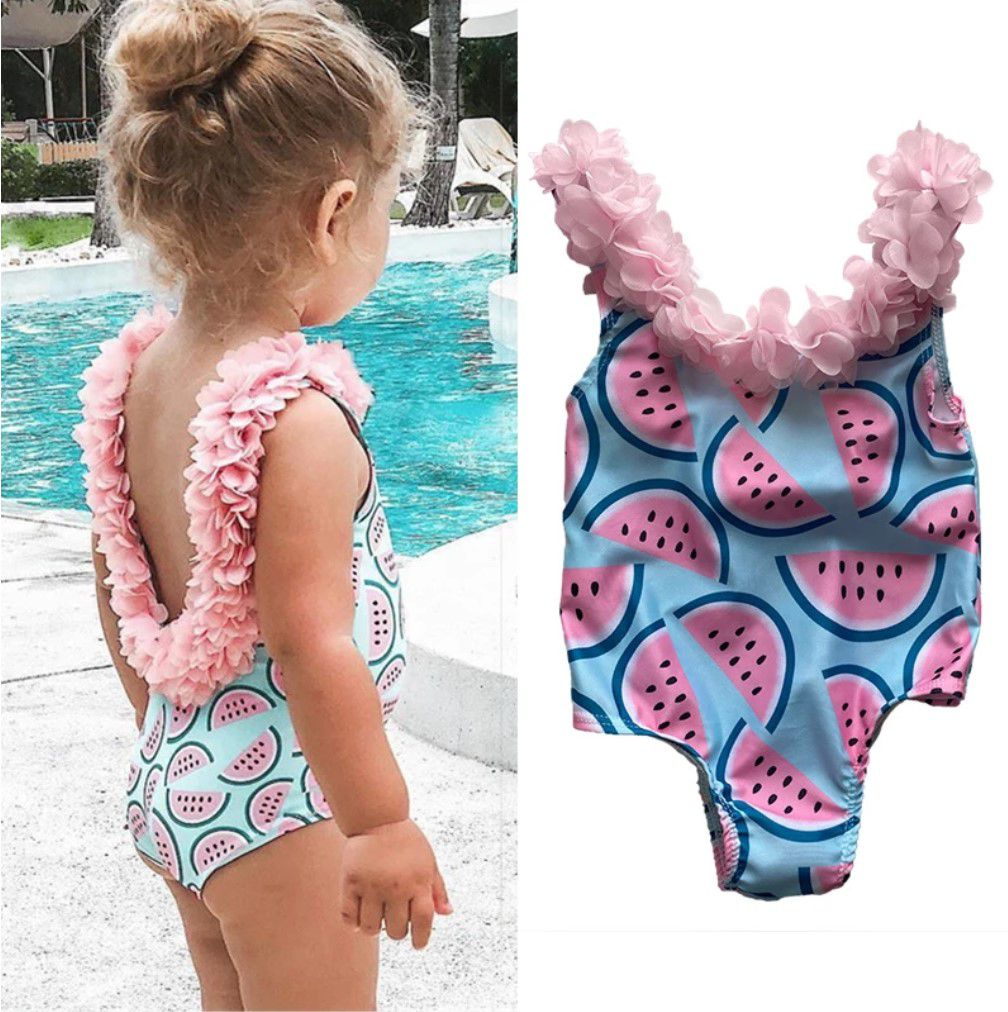 Des maillots de bain pour petites filles, trop mignons et à petits prix.