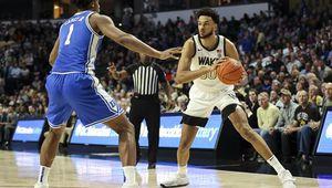 NCAA : Olivier Sarr élu Joueur national et de l'ACC de la semaine