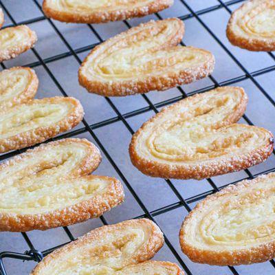 Palmiers au sucre ( Pâte feuilletée rapide )
