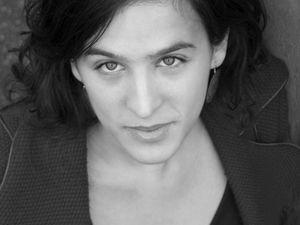 marion tassou, une chanteuse lyrique française passionnée de l'art vocal dans sa diversité explorant les possibilités expressives de la voix