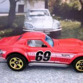 69 COPO CORVETTE HOT WHEELS 1/64 - CHEVROLET COPO CORVETTE 1969 - car-collector.net