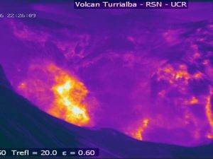 Turrialba - Gas and ashes explosion, saw by the thermal camera, between 10:26: 09 and 10:26:53 p.m.- Doc. RSN