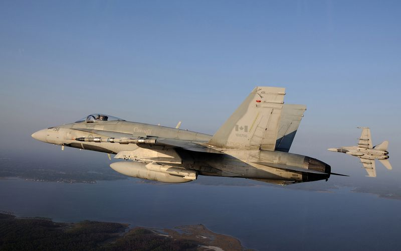 Un pilote de chasse de l'Aviation Royale Canadienne se tue dans le crash de son CF-188 Hornet