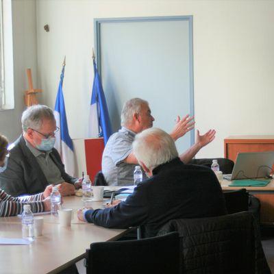 A Issy, réunion des présidents des comités des Hauts-de-Seine.