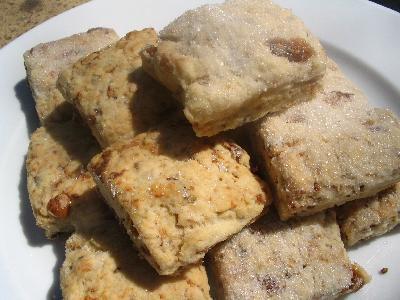 Biscuits rustiques aux figues sèchées au soleil
