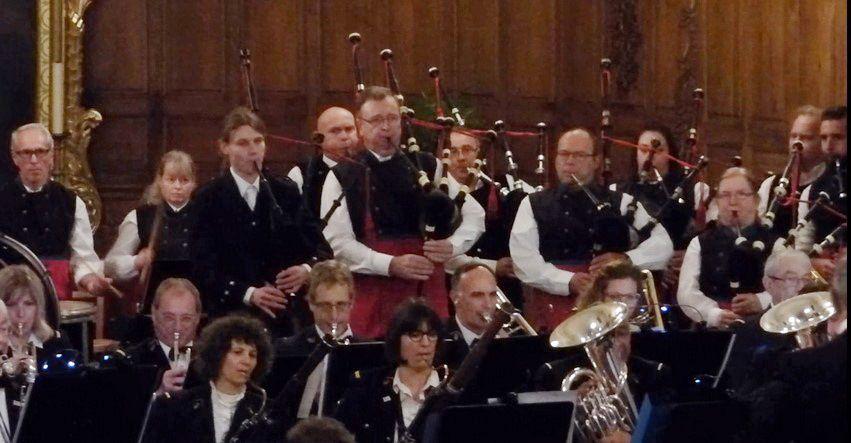 L'Orphéon Municipal de Mulhouse et les Celtic Ried's Pipers jouent à Meyenheim