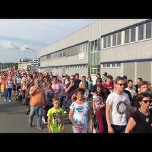 Allemagne : Vidéos : manifestation contre les licenciements à l'usine BAT de Bayreuth