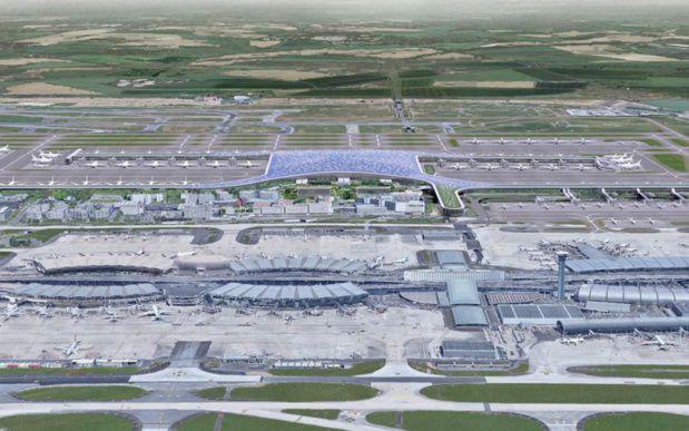 Au second plan le projet du terminal 4
