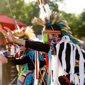 Les peuples originaires du Canada - coco Magnanville