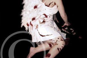 Angela, la mort est ma raison d'être - Julia M. Tean