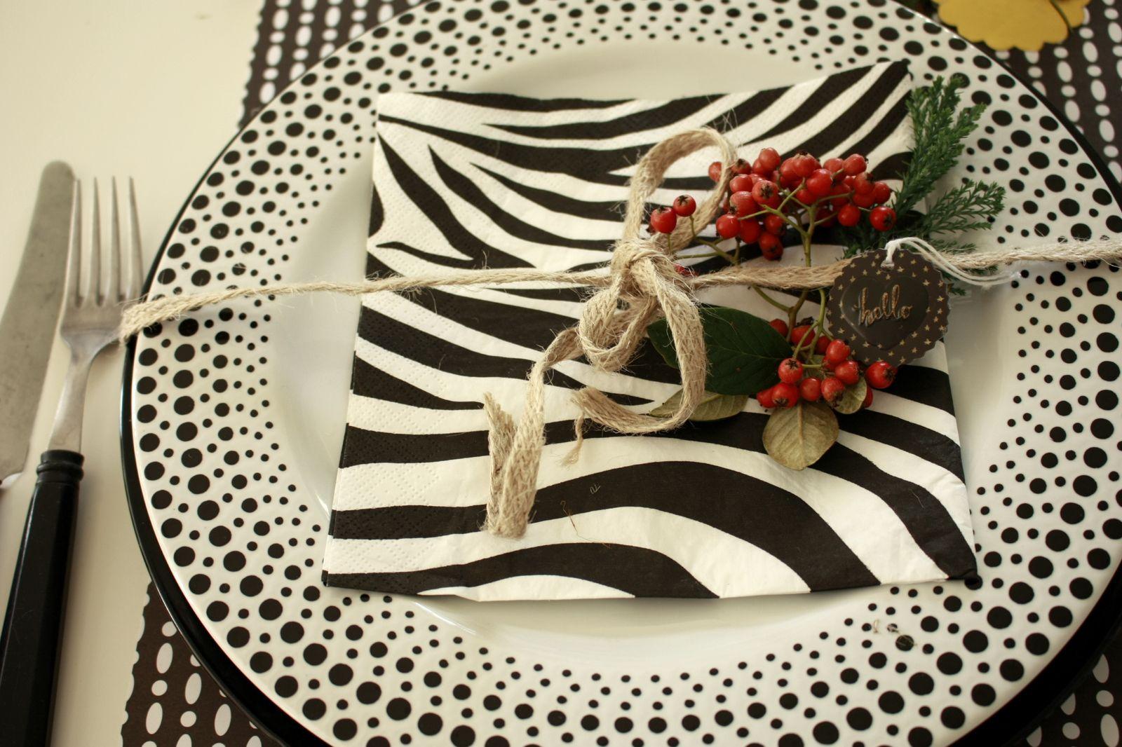 Déco de table en noir et blanc