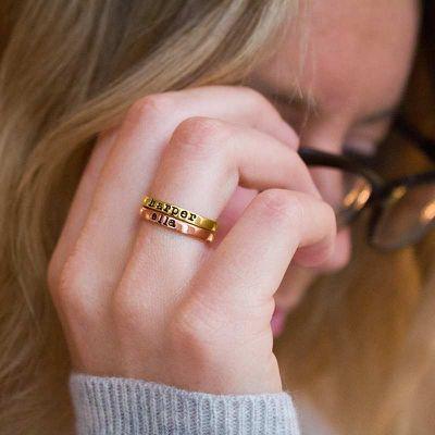 Tips to Design Your Own Stackable Mothers Rings Online!