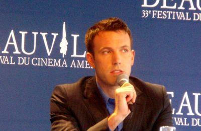 Ben Affleck présente son premier film en tant que réalisateur en première mondiale à Deauville!