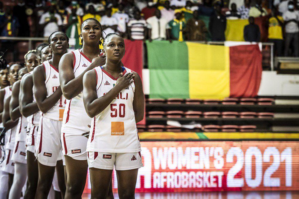 La capitaine Adaora Elonu élue MVP de l'AfroBasket féminin 2021