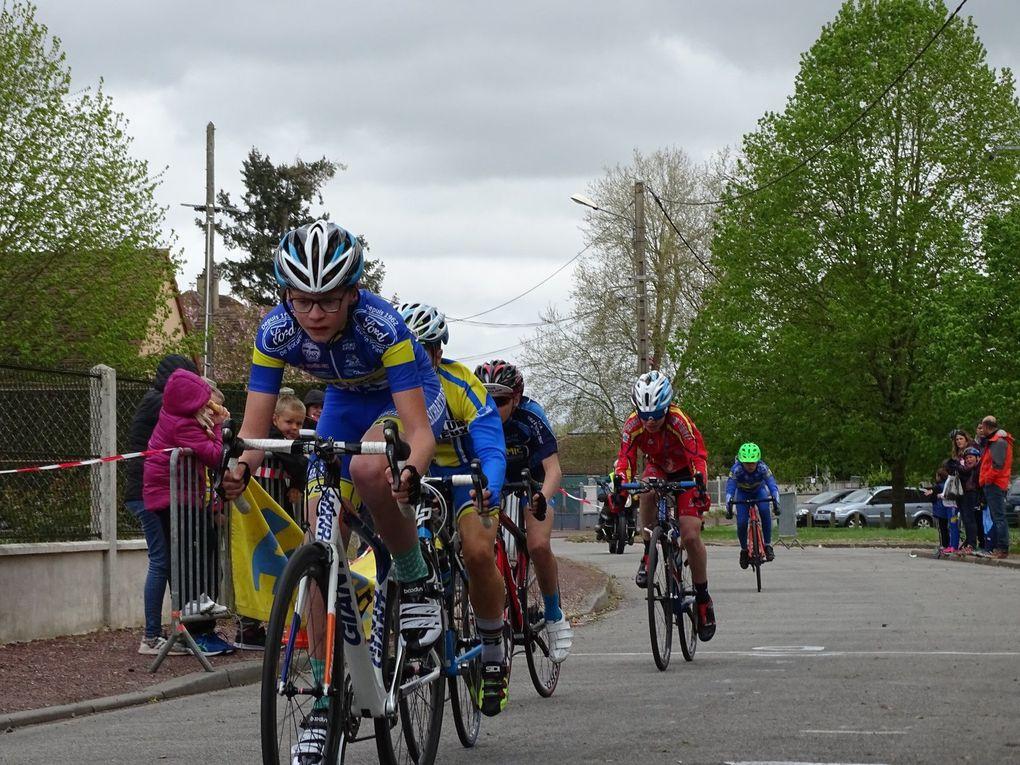 Album photos et premiers résultats de la réunion école de cyclisme de St Lubin des Joncherets