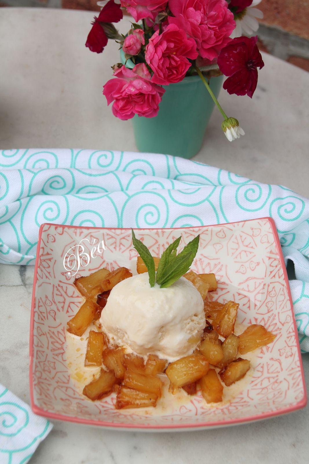 Ananas rôti et glace au gingembre